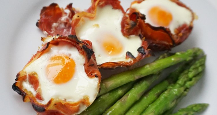 Prosciutto-Wrapped Baked Eggs With Asparagus