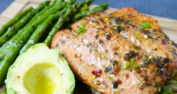 Wild Baked Salmon With Asparagus & Fennel