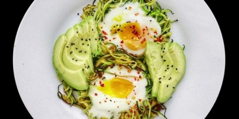 Zoodles nests with baked eggs
