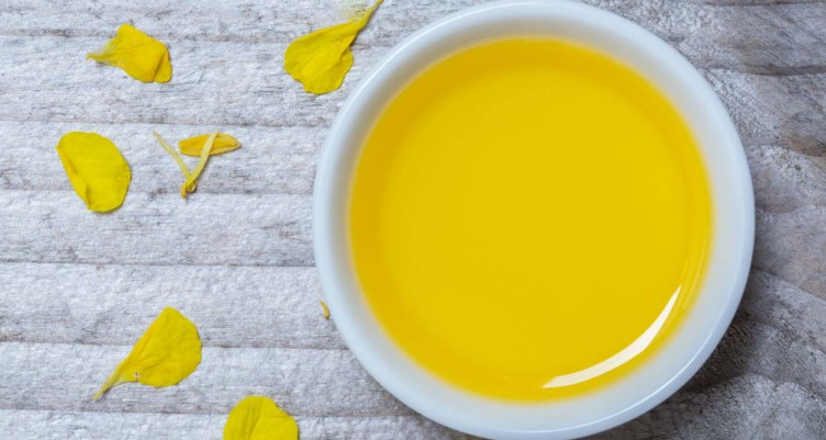 9 Reasons to Throw Out Your Canola Oil and What to Use Instead