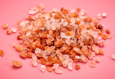 Himalayan Pink Salt Benefits -- Why It's Better Than Table Salt