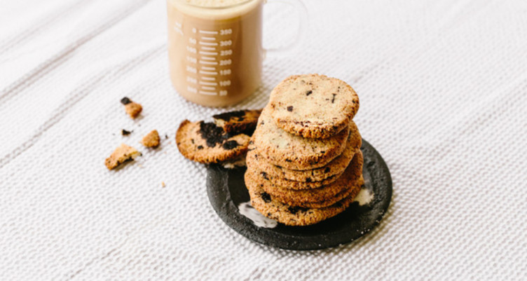 24 Recipes for Healthy Cookies That Won't Give You a Sugar Crash