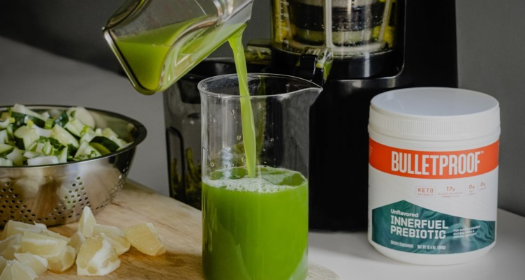 Keto Green Smoothie and Juice Recipes to Support Detox and Glowing Skin